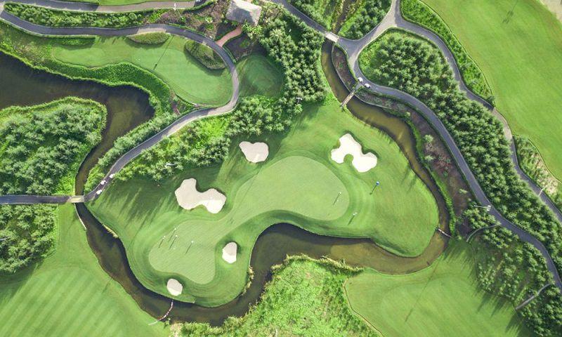 Sân golf sở hữu nhiều dịch vụ tiện ích