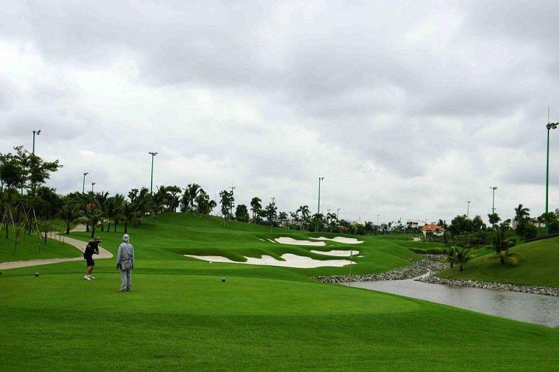 Một góc của sân golf Him Lam