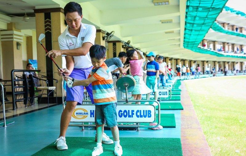 Sân golf có rất nhiều dịch vụ hấp dẫn dành cho người chơi