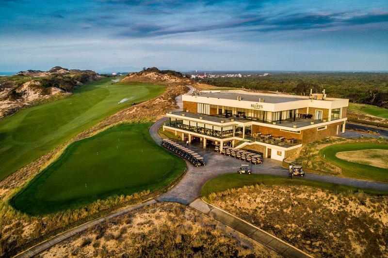Sân golf Hồ Tràm nhìn từ trên cao