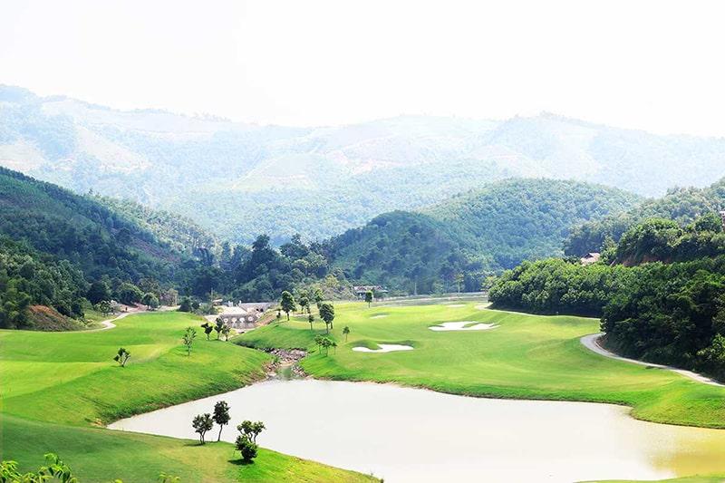 Địa hình của sân golf Hilltop Valley