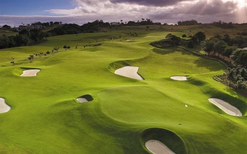 Địa hình sân golf Mê Kong