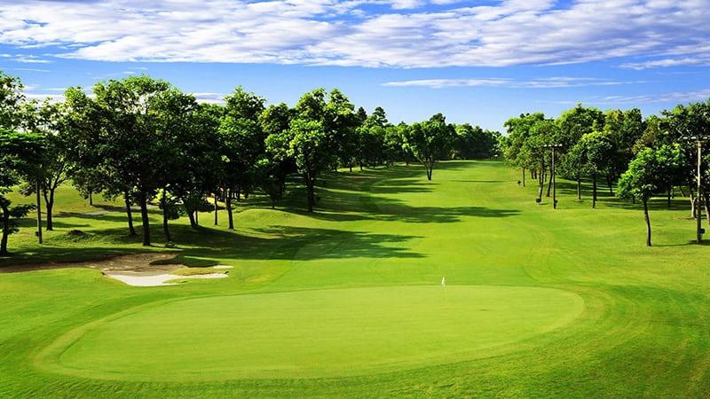 Sân golf quận 9 là sân golf Thủ Đức, có tên chính thức là Vietnam Golf & Country Club