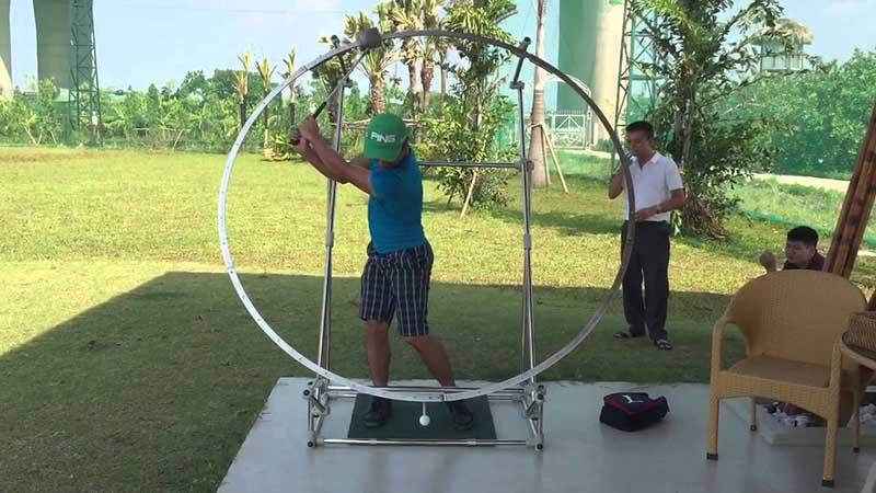 Tư thế sử dụng vòng tập swing