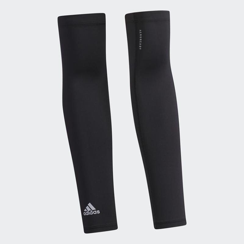 Găng tay golf chống tia UV Adidas Aeroready mang đến sự thoải mái trong quá trình vận động của gôn thủ