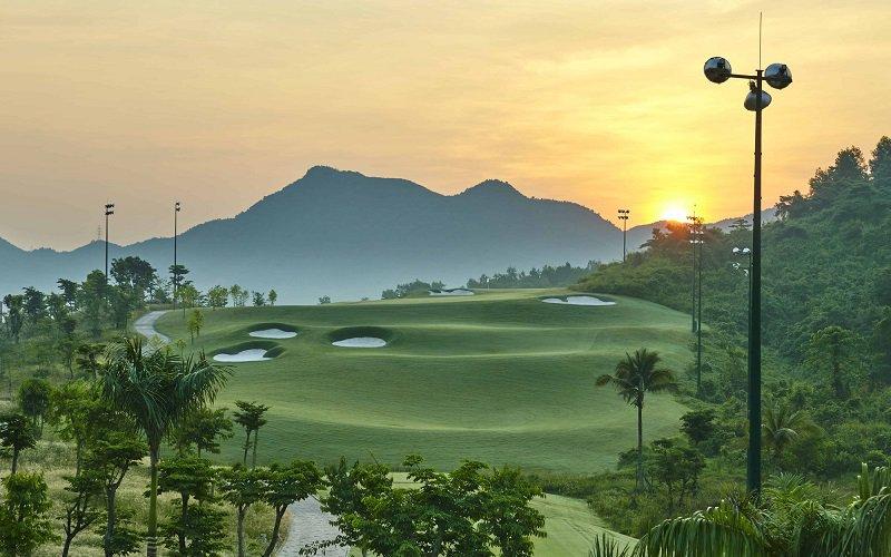 Cảnh quan hấp dẫn tại sân golf Cửa Lò