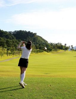 Review chi tiết sân golf Cửa Lò: Thiết kế, dịch vụ và bảng giá