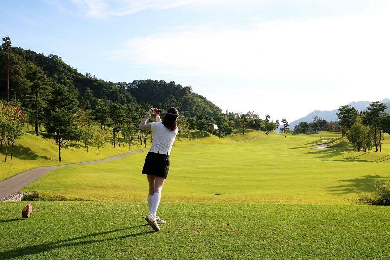 Sân golf có rất nhiều khu vực để bạn đến khám phá và trải nghiệm