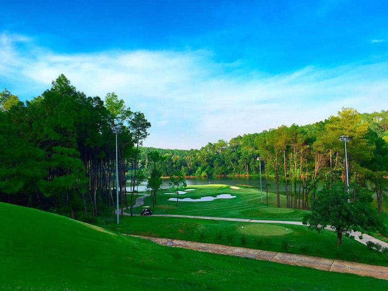 Tràng An Golf & Country Club Ninh Bình
