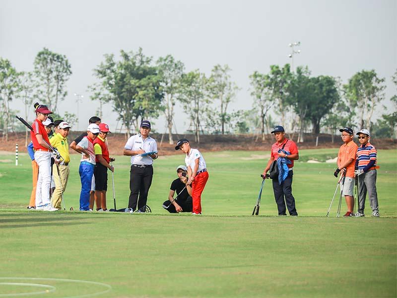 Câu lạc bộ golf Phú Mỹ Hưng