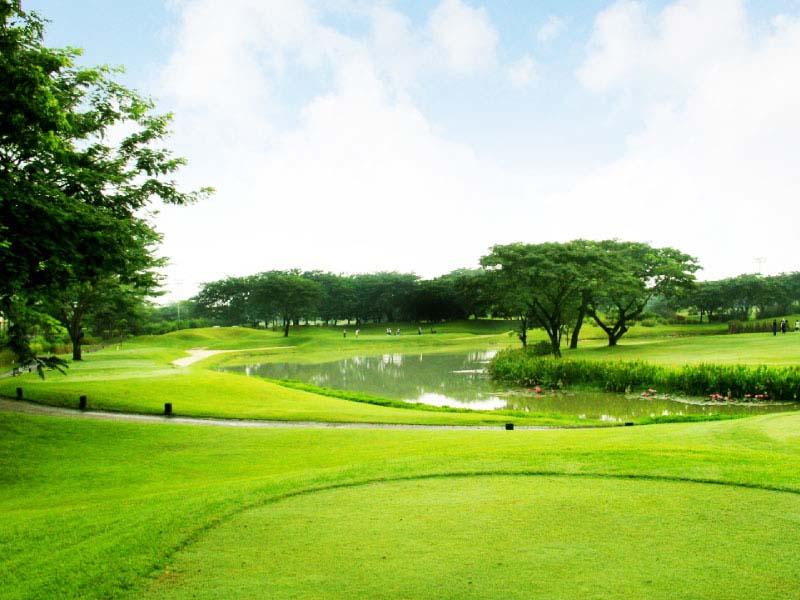 Sân golf Ciputra nằm ở phường Xuân Đỉnh, Bắc Từ Liêm, Hà Nội